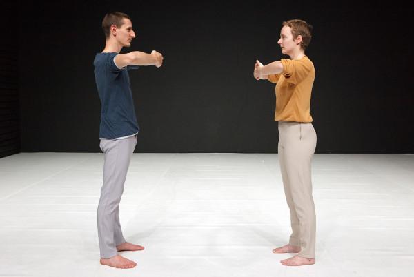 Ioannis Mandafounis & May Zarhy 'Pausing' © Emmanuelle Bayart